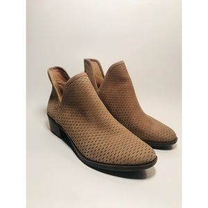 New! Lucky Brand Tan Suede Booties Sz. 10 Brand